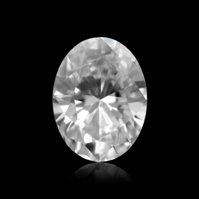 Colorless Oval Diamond