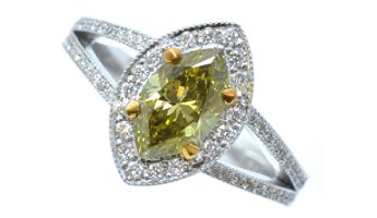 1.01ct Green Diamond Ring
