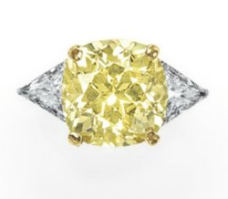 6.54 carat, Fancy Yellow Diamond Ring