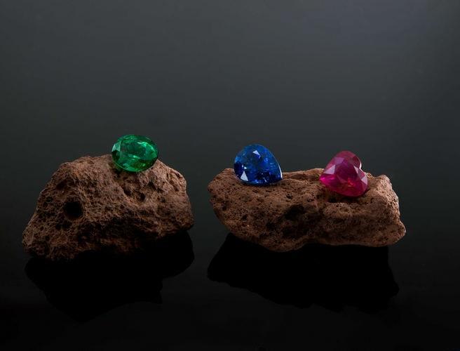 Color - The 4 Cs of Gemstones