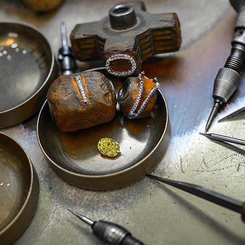 How to Assess a Diamond | Leibish