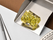 Emerald Cut Diamond Shape | Leibish