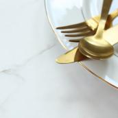 Dinnertime in America | Leibish