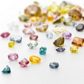 A vast collection of color diamonds