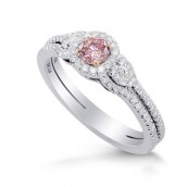 Argyle Fancy Intense Purplish Pink Diamond En