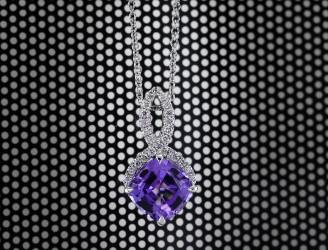 The Violet Color in Diamonds & Gemstones | Leibish