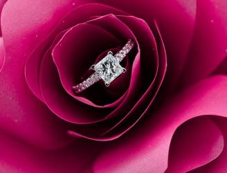 6 Mythen rund um Verlobungsringe, die Sie geglaubt haben