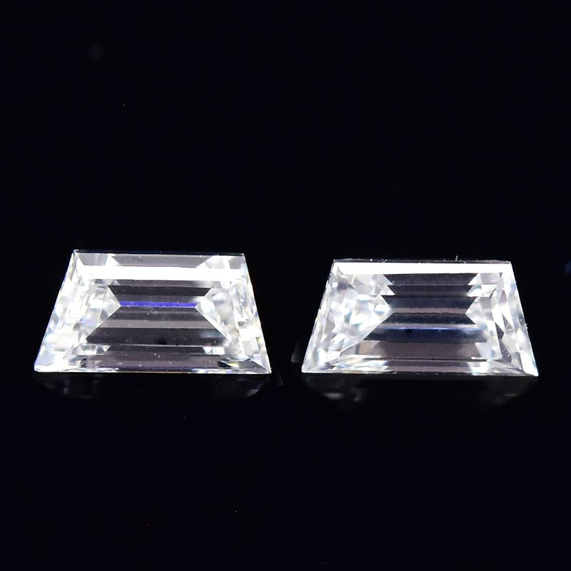 Colorless Trapezoid Diamond