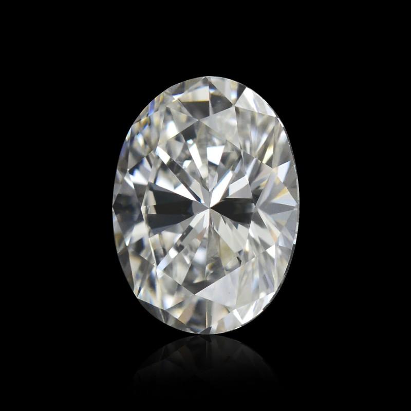Colorless Oval Diamond
