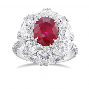 Oval Ruby and Diamond Couture Halo Ring, ARTIKELNUMMER 29360V (6,52 Karat TW)