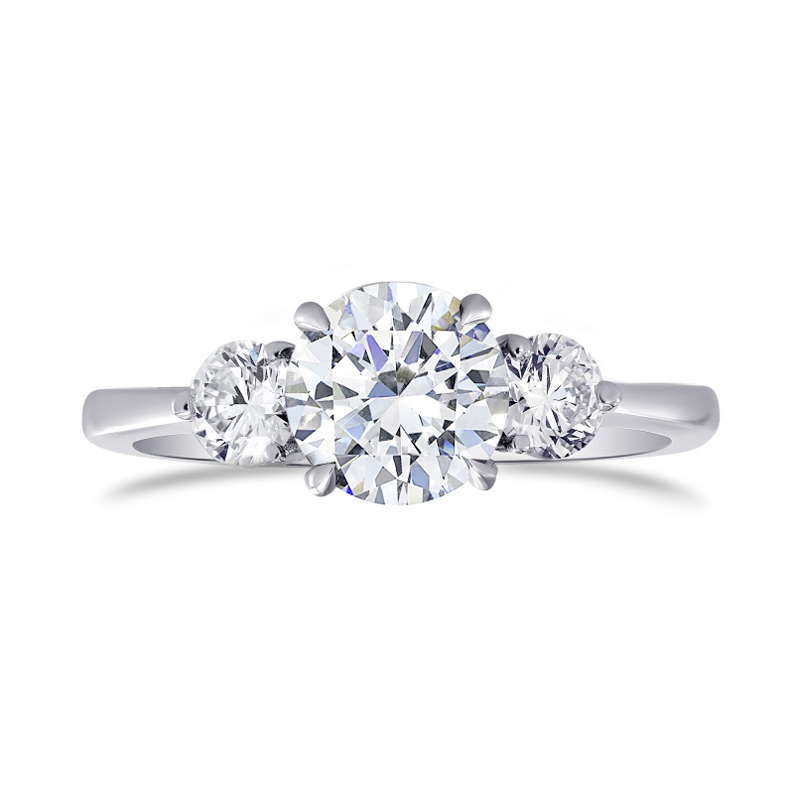 GIA certified, Colorless Round Brilliant 3 Stone Diamond Ring, ARTIKELNUMMER 27479R (1,30 Karat TW)