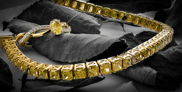 Fancy Yellow Radiant Diamond Tennis Bracelet (10.21Ct TW)