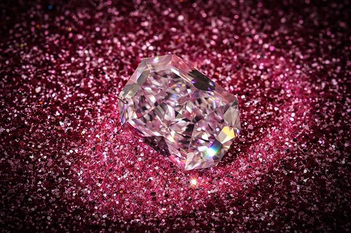 4.34 carat, Fancy Light Pink Diamond, Radiant Shape, IF Clarity, GIA
