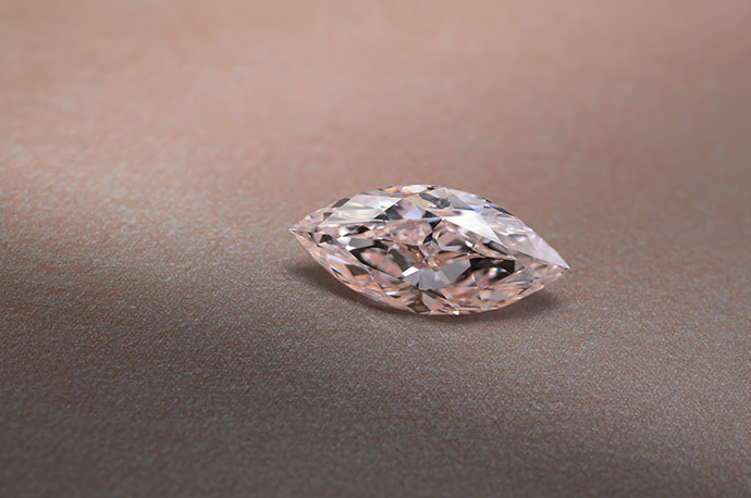3.12 carat, Light Pink Diamond, Marquise Shape, VVS2 Clarity, GIA