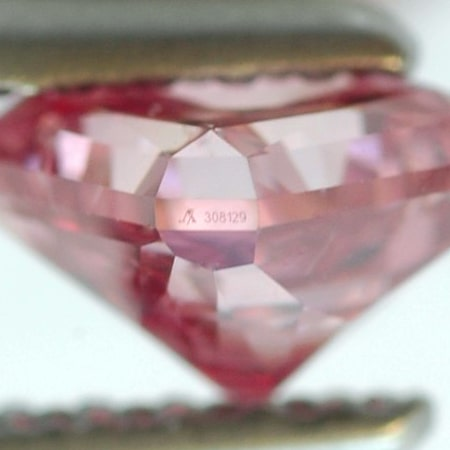 0.72ct Fancy vivid Purplish Pink with Argyle Inscription