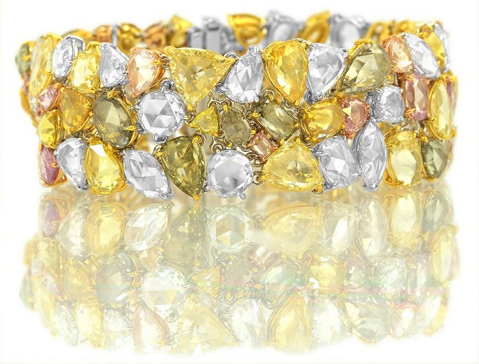 54.84 carat, Multicolored Rose-cut Diamond Bracelet