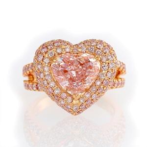 3.57cr Light Pink  Heart Shape