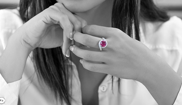 5724-2-red-ruby-ring-lifestyle-500