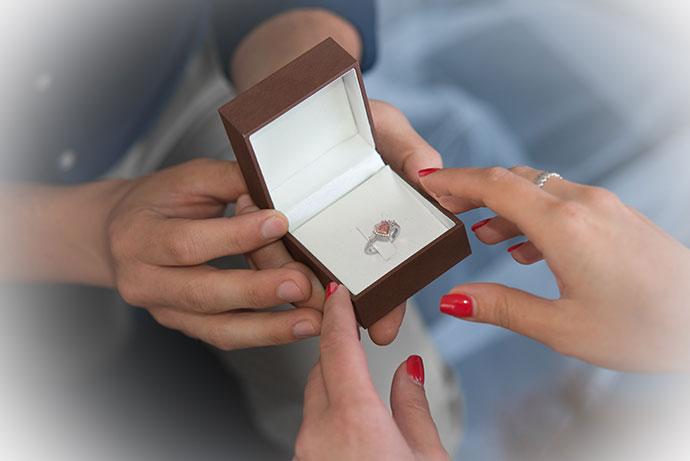 Argyle Fancy Pink Heart Diamond Halo Ring (0.90Ct TW)