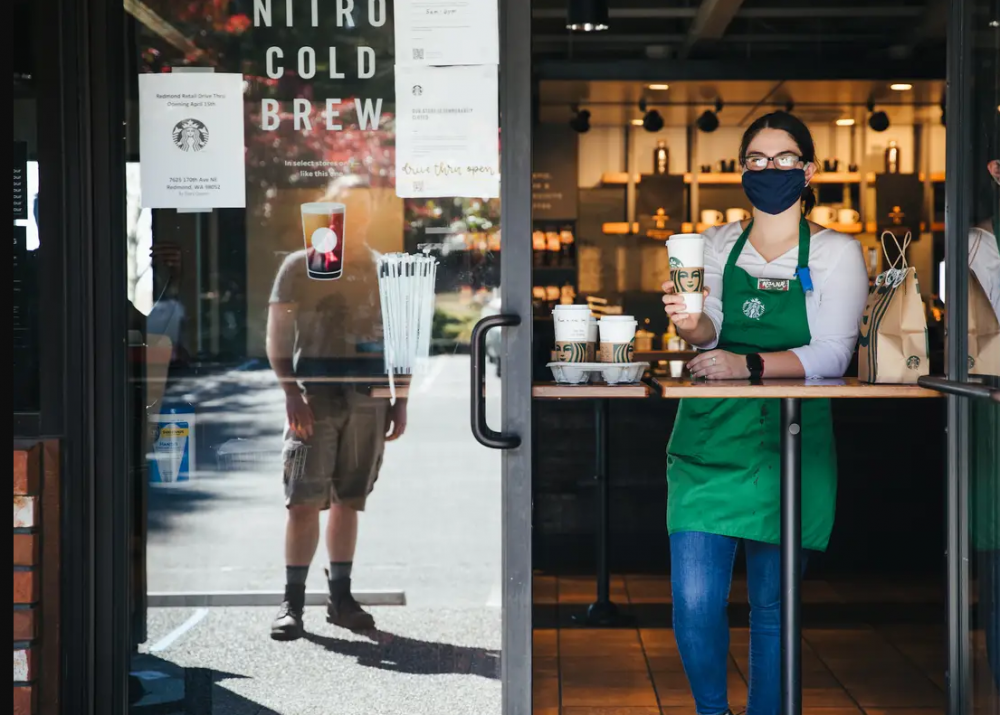 Image of Starbucks Window Service take from Business Insider