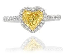 Halo-Ring mit herzförmigem Diamant in Fancy Intense Yellow mit 1,54 Karat
