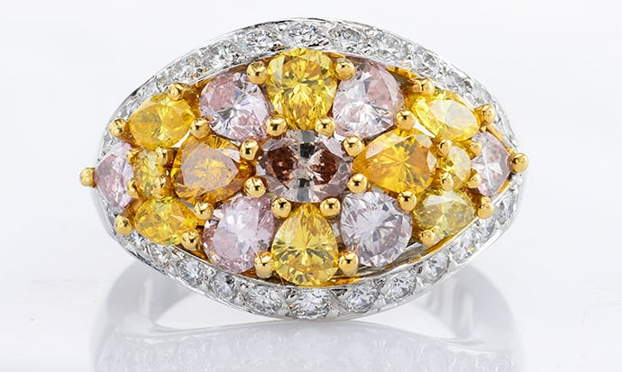 Leibish's wife's multi-colored diamond ring