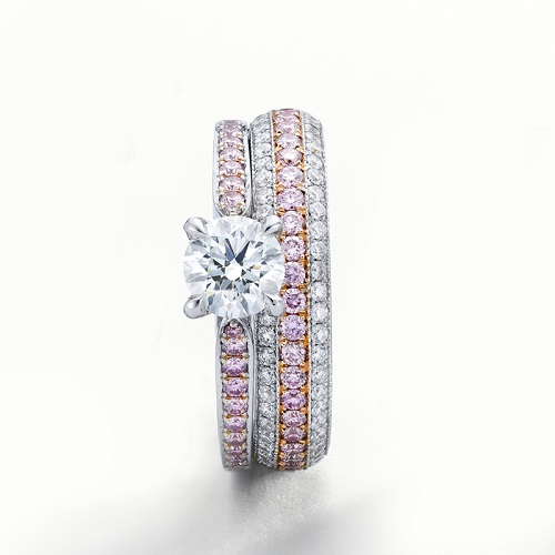 A Pink diamond engagement ring and wedding band set