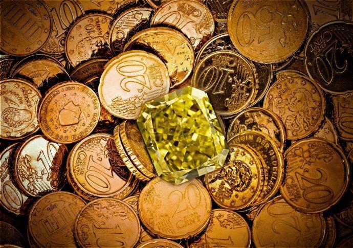 Gold vs Diamonds