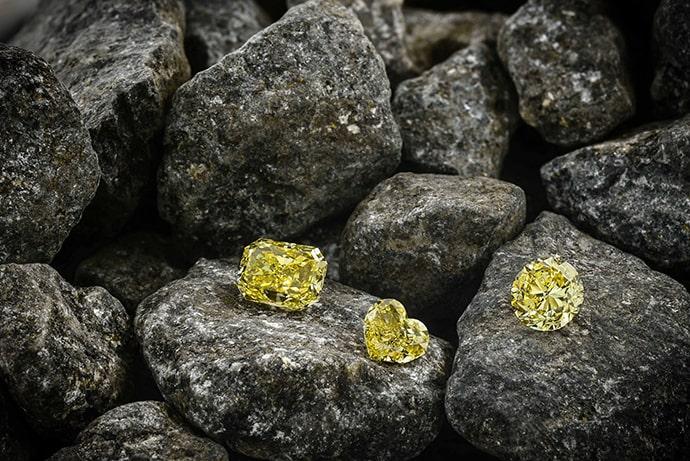 yellow-diamonds-on-rocks