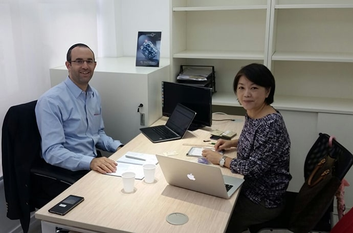 Leibish & Co.'s CEO Yossi Polnauer in HK Office